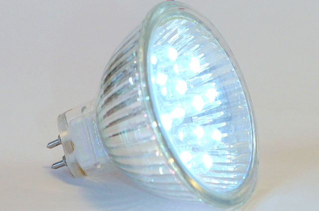 12 LED